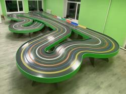 Трек для трасових автомоделей (6 доріжок, 33 метри)